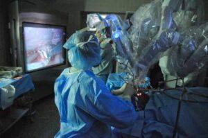 Chirurgia robotica trans-orale.